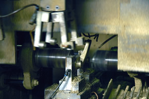 Hexaxial automatic cutting machine